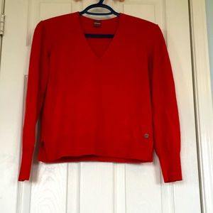 GUC Cropped Olsen V Neck Sweater